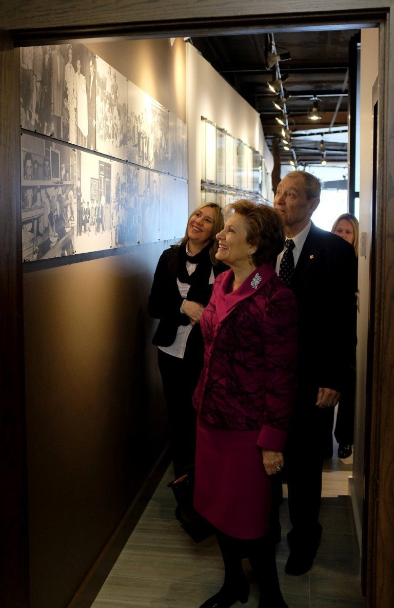 Maria Cavaco Silva Visits the Gallery - 03