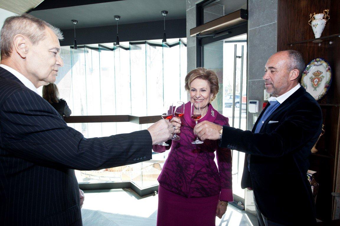 Maria Cavaco Silva Visits the Gallery - 11