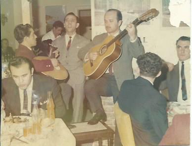 Fernando da Silva performing Fado