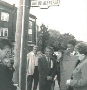 The unveiling of Rua do Alentejo