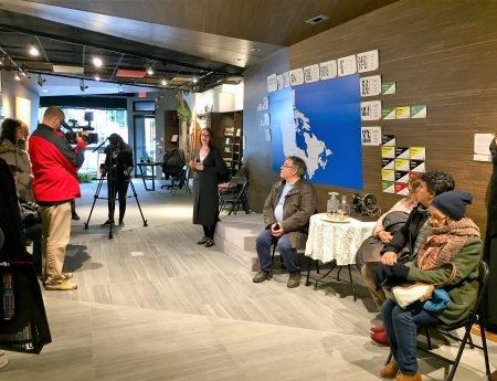 Galeria recebe participantes na conferência Expressões da Lusofonia